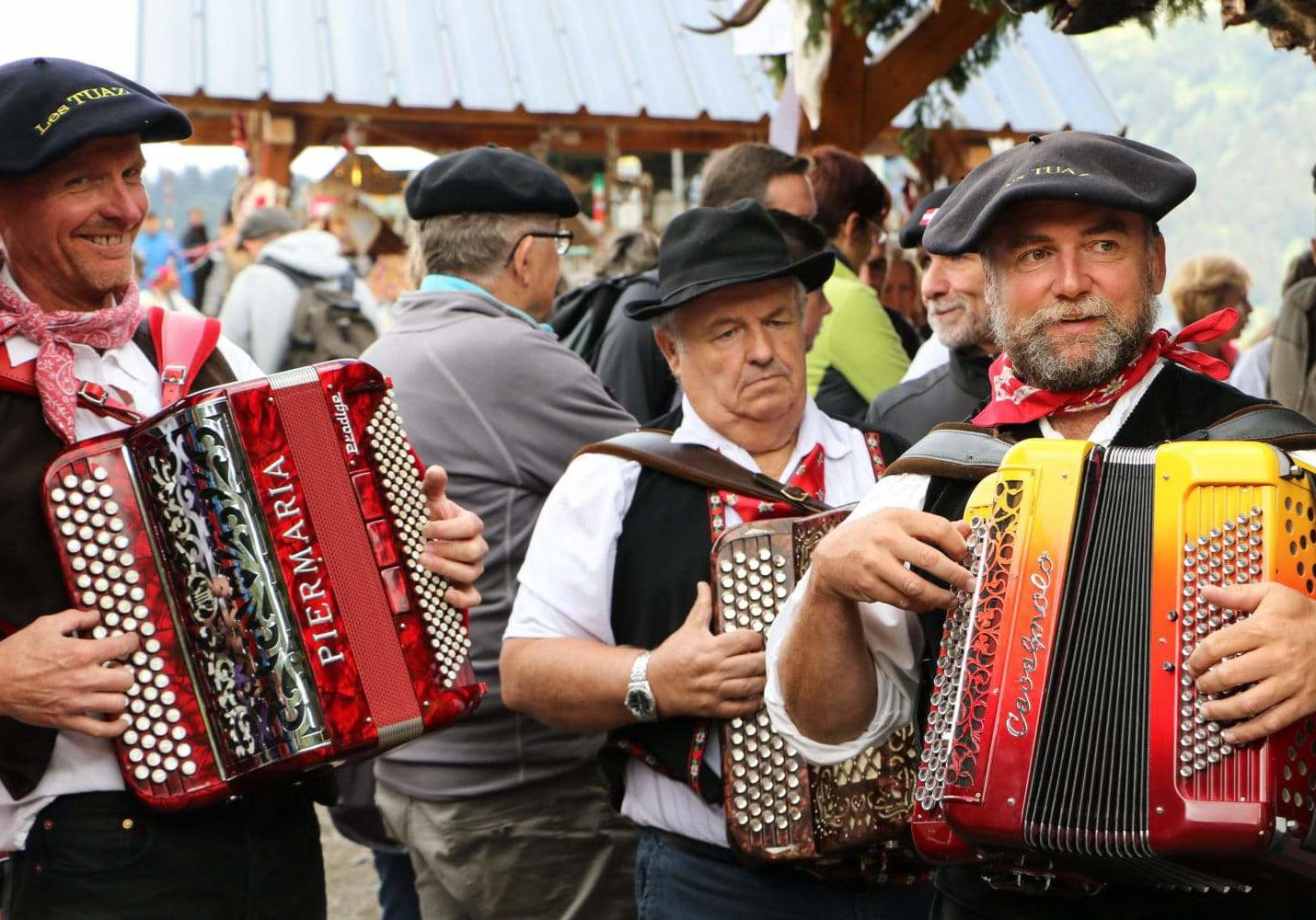 Accordion players in France at Belle Dimanche