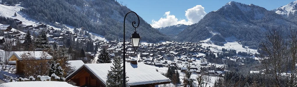 The view from La Grange au Merle over the village of Châtel.