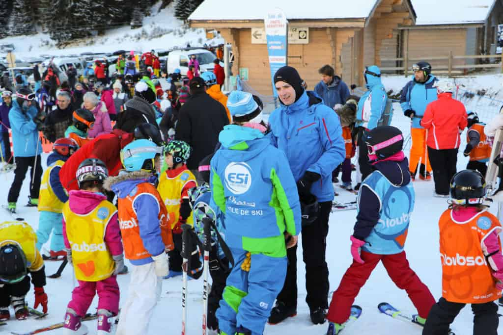 ESI ski instructors and children