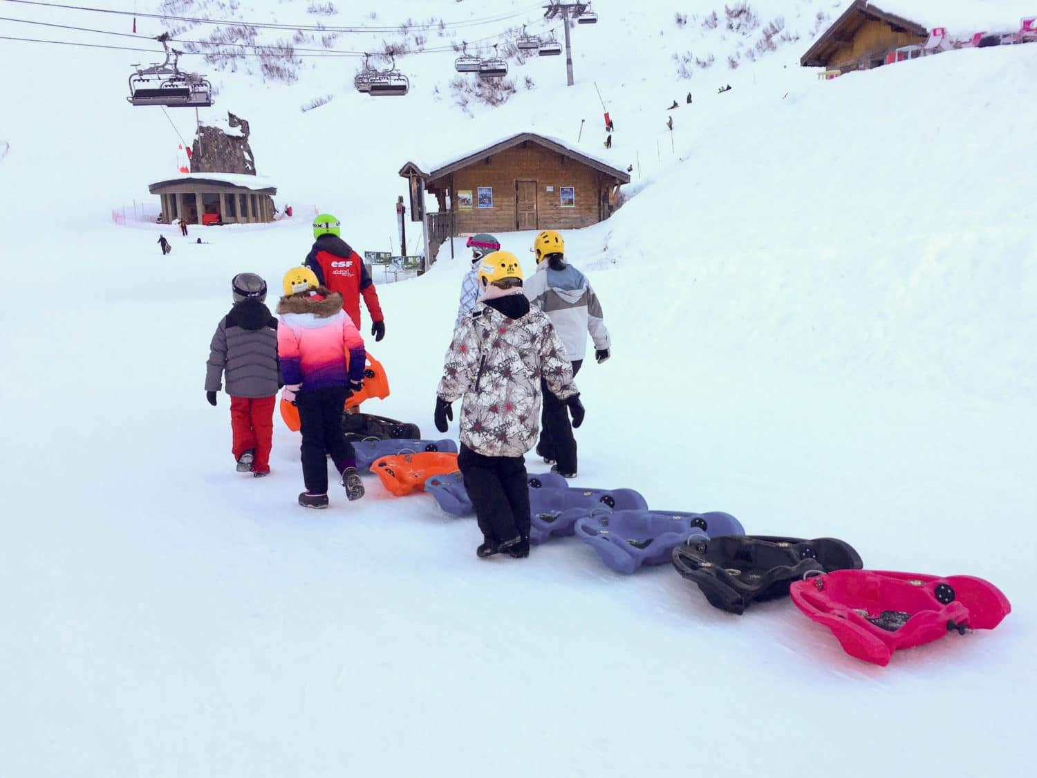 fun activities in the snow on the snake-gliss
